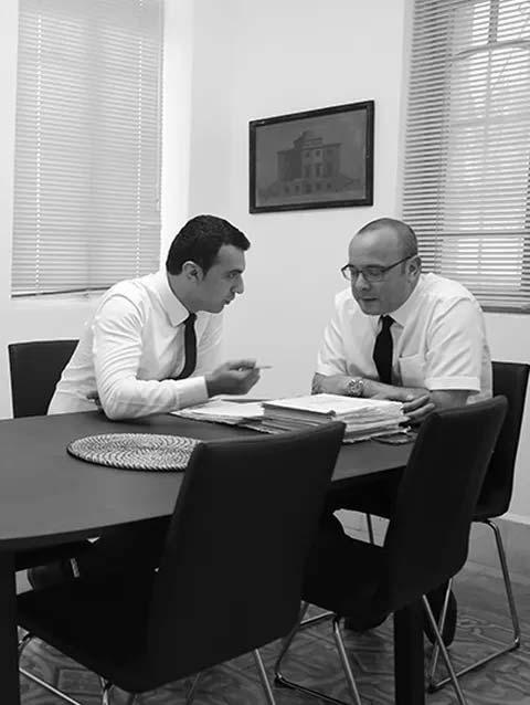עו״ד מיכאל כרמל - משרד עורכי דין - סניגור פלילי
